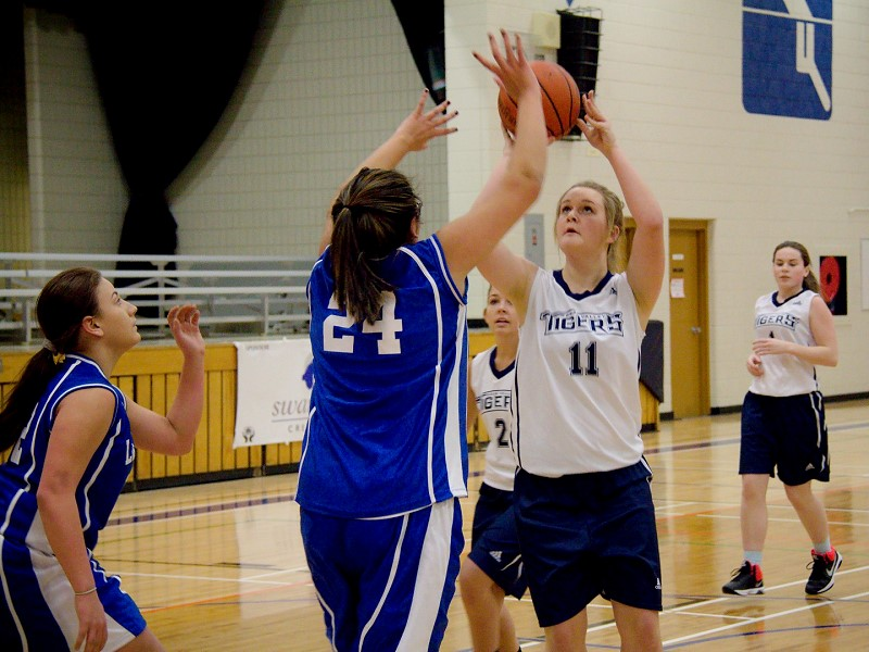 swan valley girls The svrss gymnasium was the site of some fantastic basketball games this past weekend as the svrss varsity girls hosted 7 teams from across manitoba and saskatchewan for the swan valley.